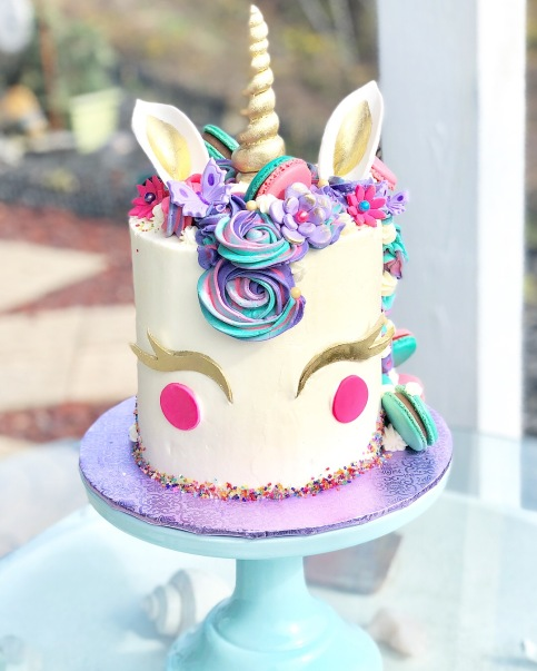 My very first unicorn cake
