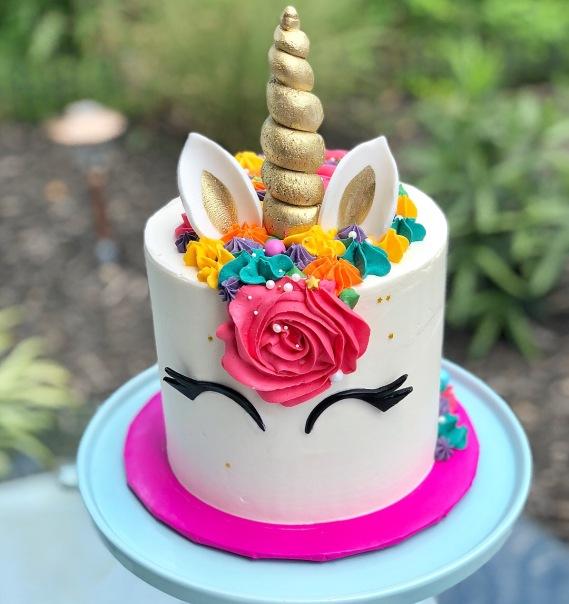 Many unicorn cakes later